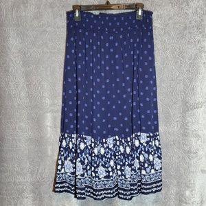 ON navy floral boho broom skirt Large